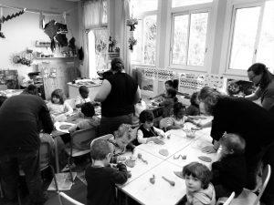 animatrices et enfants
